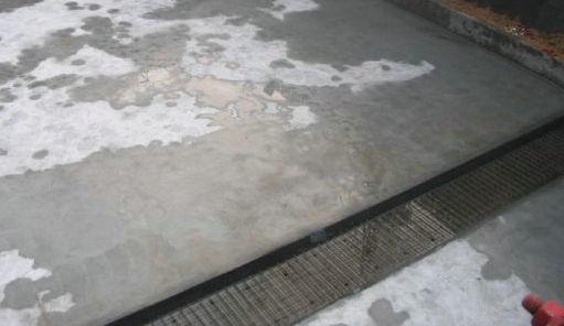 基坑腰梁钢管带换撑施工工法