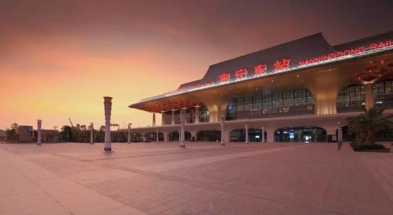 评选中国最美的高铁站_7