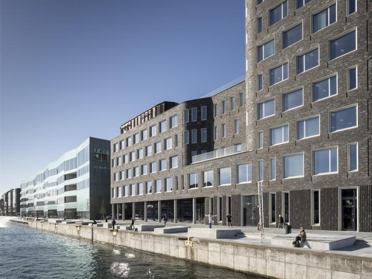 瑞典马尔默港口综合体建筑