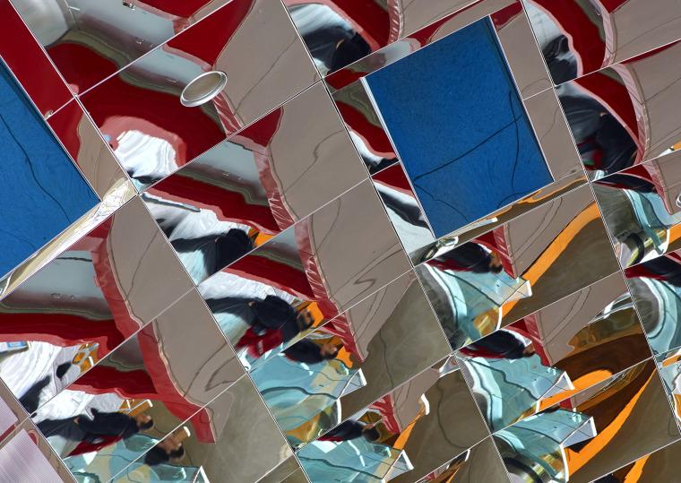 加拿大大气照相机公共艺术装置-007-atmospheric-lens-by-grimshaw-architecture
