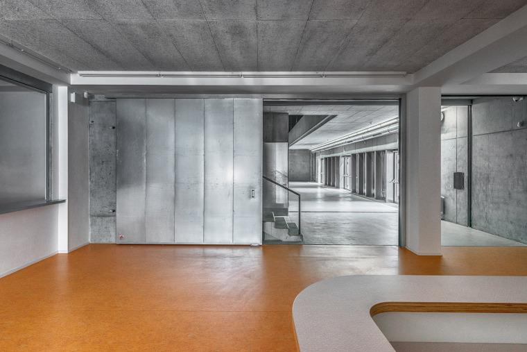 012-centre-for-contemporary-art-dox-by-petr-hajek-architekti