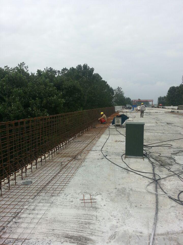 [QC成果]提高墙式护栏外观质量控制