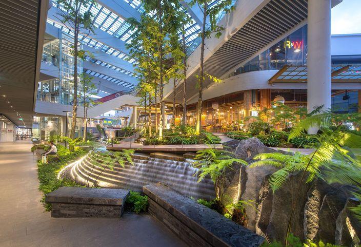曼谷MegaBangna美食街内庭景观