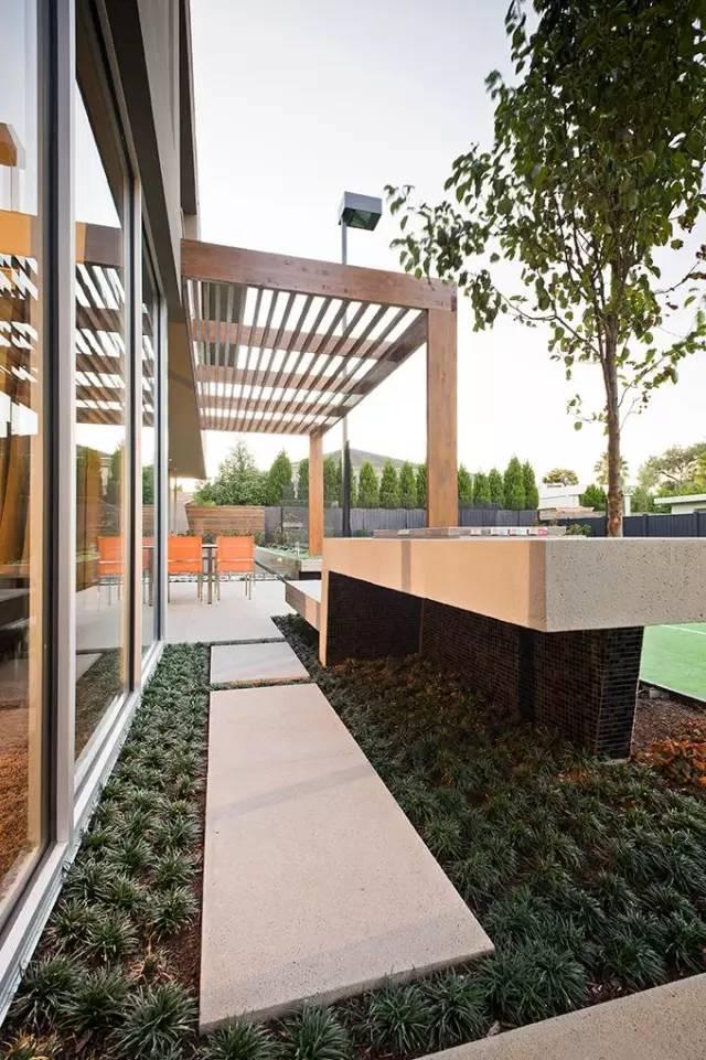 赶紧收藏!21个最美现代风格庭院设计案例_175