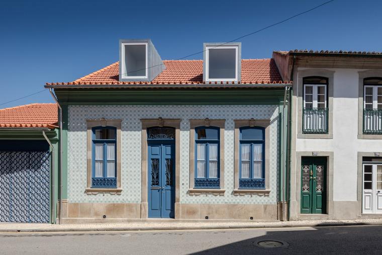 葡萄牙奥瓦尔住宅-1