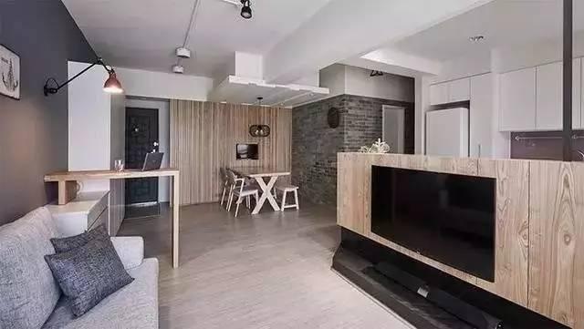 室内装修|客厅太抢眼,电视机竟然还能这样装!_5