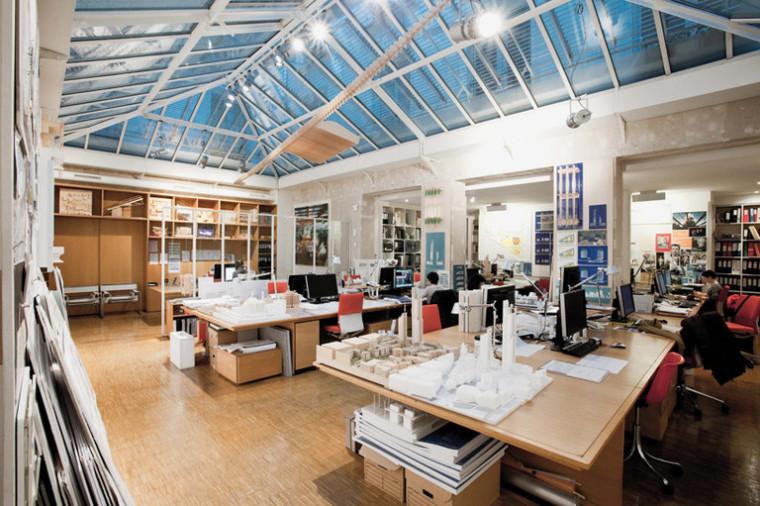 建筑师给自己设计的办公室,什么样的都有_36