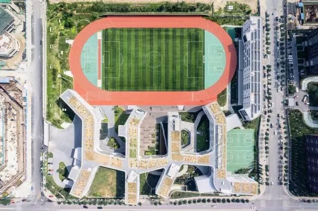 中国建筑 | 值得一看的8所中学