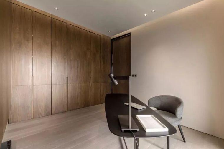 室内设计 130㎡的单身公寓,设计感十足_40