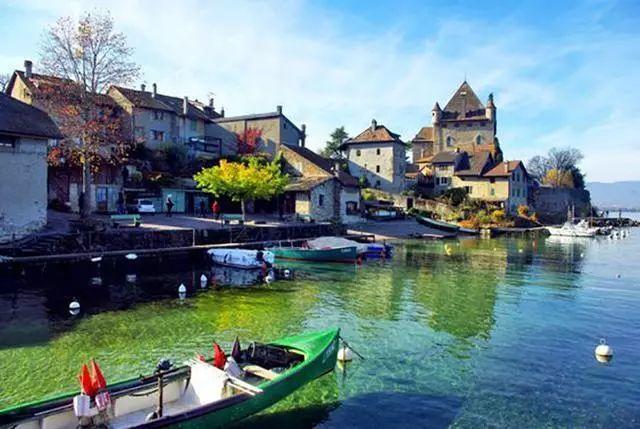 世界上最美的7个鲜花小镇子,这辈子一定要去一次!_30
