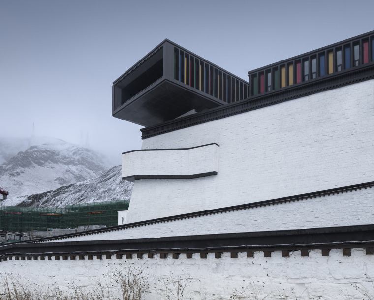 012-tibet-intangible-cultural-heritage-museum-by-shenzhen-huahui-design-co-ltd