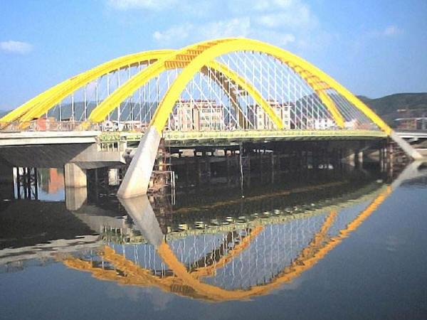 桥梁防水施工技术要点分析