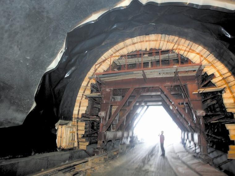高速公路隧道工程施工方案