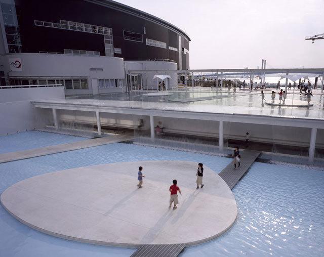 东京丰州LaLaport码头休闲区景观设计_6