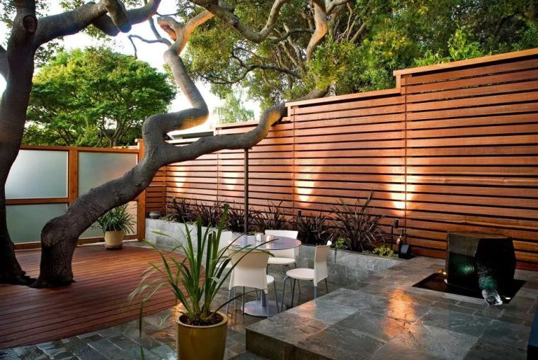 有间院子,围墙这么设计!