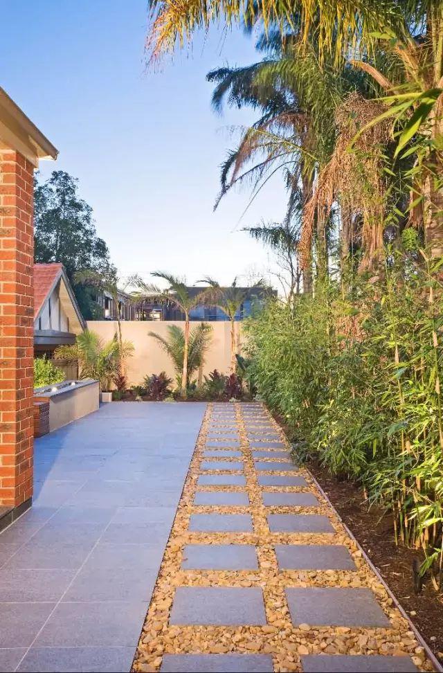 赶紧收藏!21个最美现代风格庭院设计案例_37