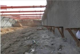 地铁深基坑钢支撑支护工程施工及质量保证措施