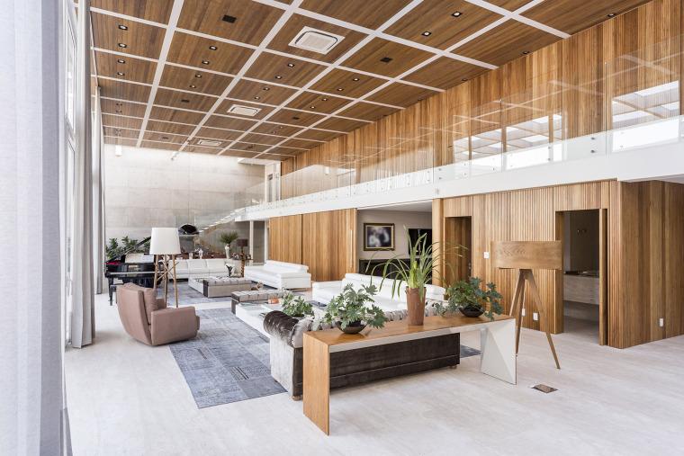 结构与空间融合的JardimdoSol住宅-29