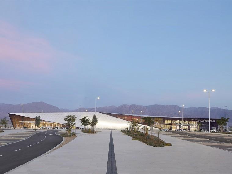 商业广场电气系统及空调、采暖及通风系统安装工程施工组织设计