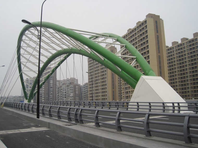 400m-的斜拉桥及5×100m连续梁桥施工方案