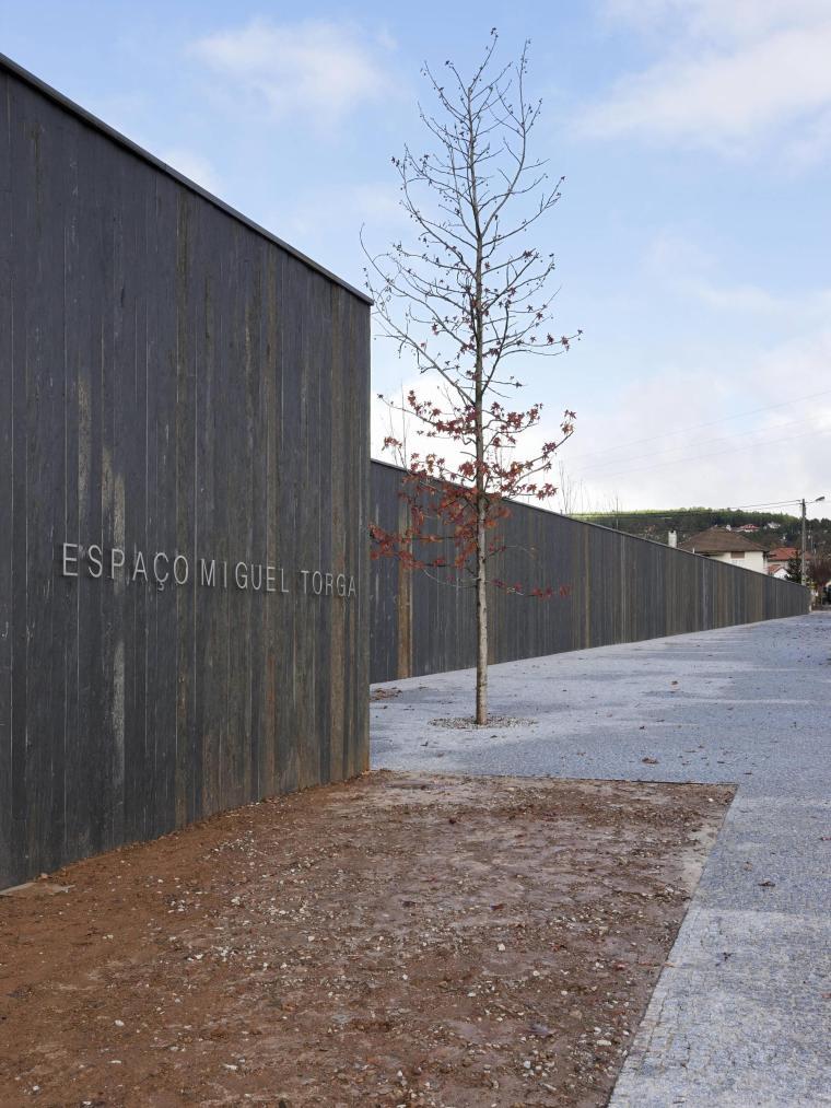 葡萄牙MiguelTorgaSpace文化中心_6