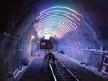 隧道万花筒:光影艺术——带你穿梭时光隧道
