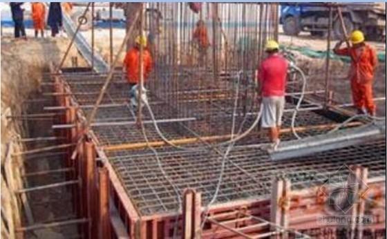 [河南]城市快速通道含BRT专用道及变截面钢箱梁高架桥工程投标施工组织设计253页