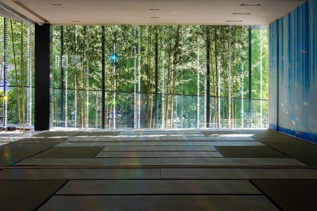 360年历史的寺庙改造,用水晶做围墙,斩获日本设计大奖!_28