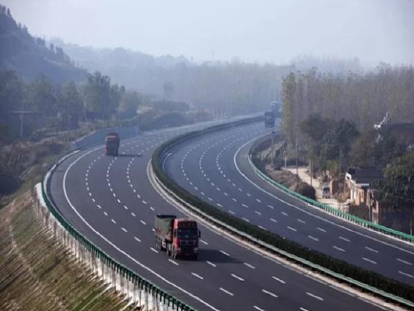 高速公路改扩建的施工技术研究