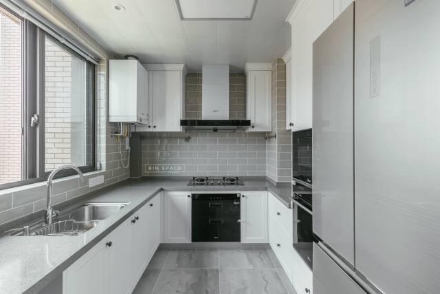 简约、文艺的美式住宅设计案例!_17