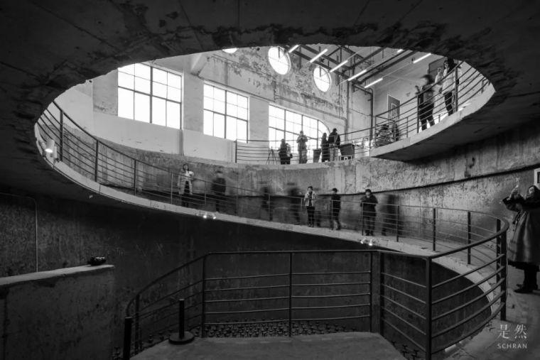 """建筑师爆改""""巨无霸""""老粮仓,除了新增100多米长的扶梯,竟还…_13"""