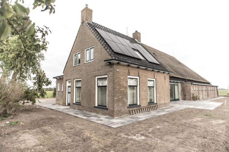 荷兰Farmhouse Oudeblidtzijl住宅