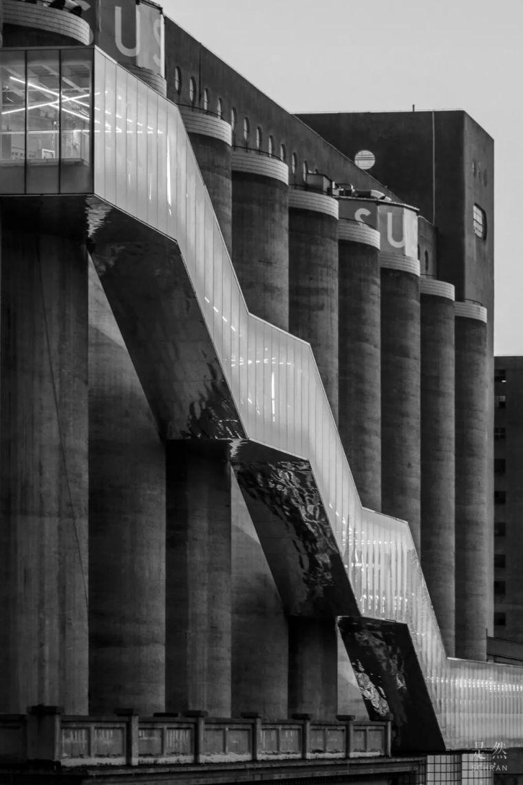 """建筑师爆改""""巨无霸""""老粮仓,除了新增100多米长的扶梯,竟还…_10"""
