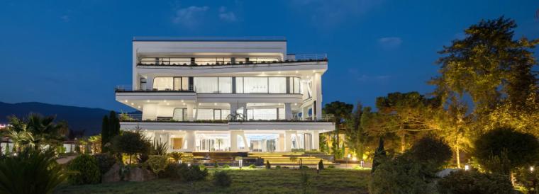 重现树木自然形态与环境动感的伊朗迪达尔别墅