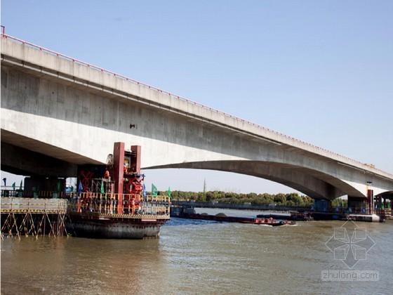 [QC]提高变截面预应力混凝土连续箱梁桥整体顶升质量