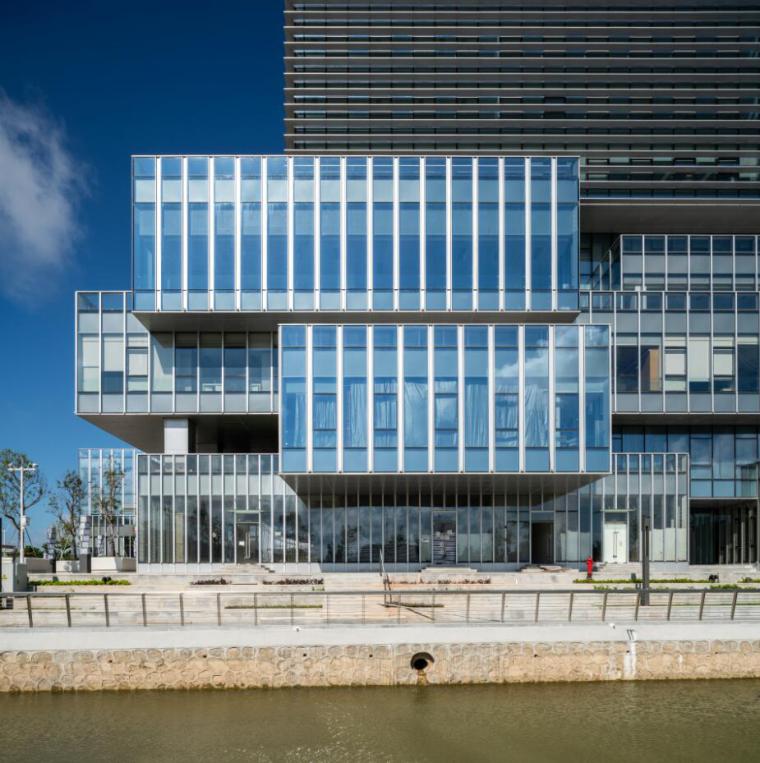 珠海天圆地方概念的医药科技产业园总部大楼-7