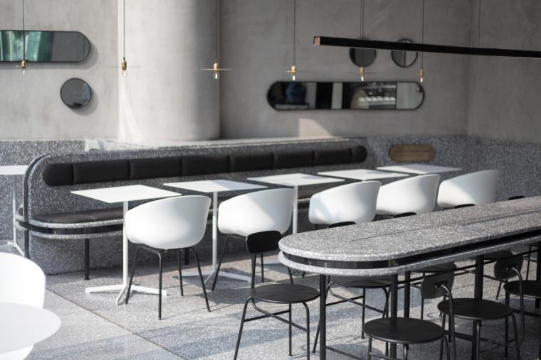 武汉逆时针旋转的盒里轻食餐厅室内实景图 (11)