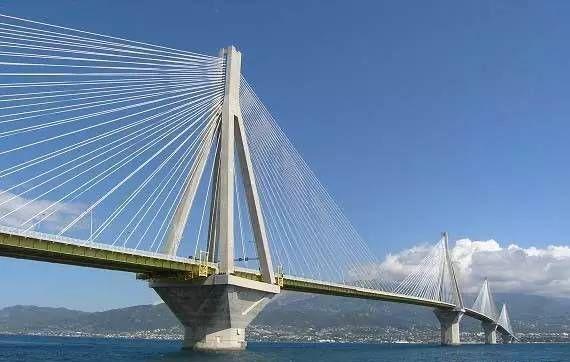 希腊rion-antirion桥——一座将减隔震用到极致的桥梁_2