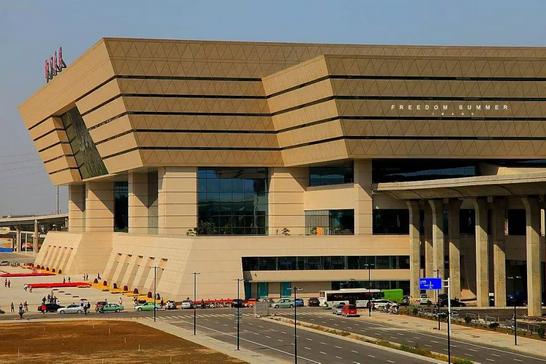 评选中国最美的高铁站_2