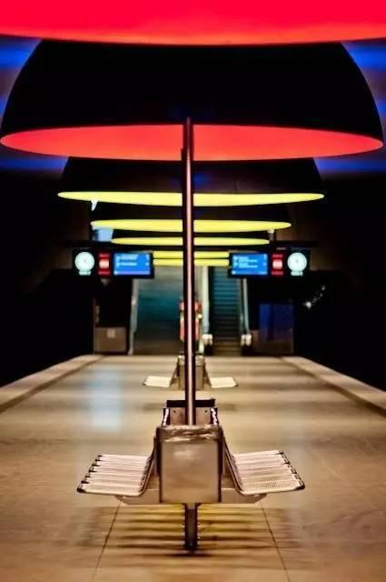 世界最美地铁景观,美到让你不想回家_18