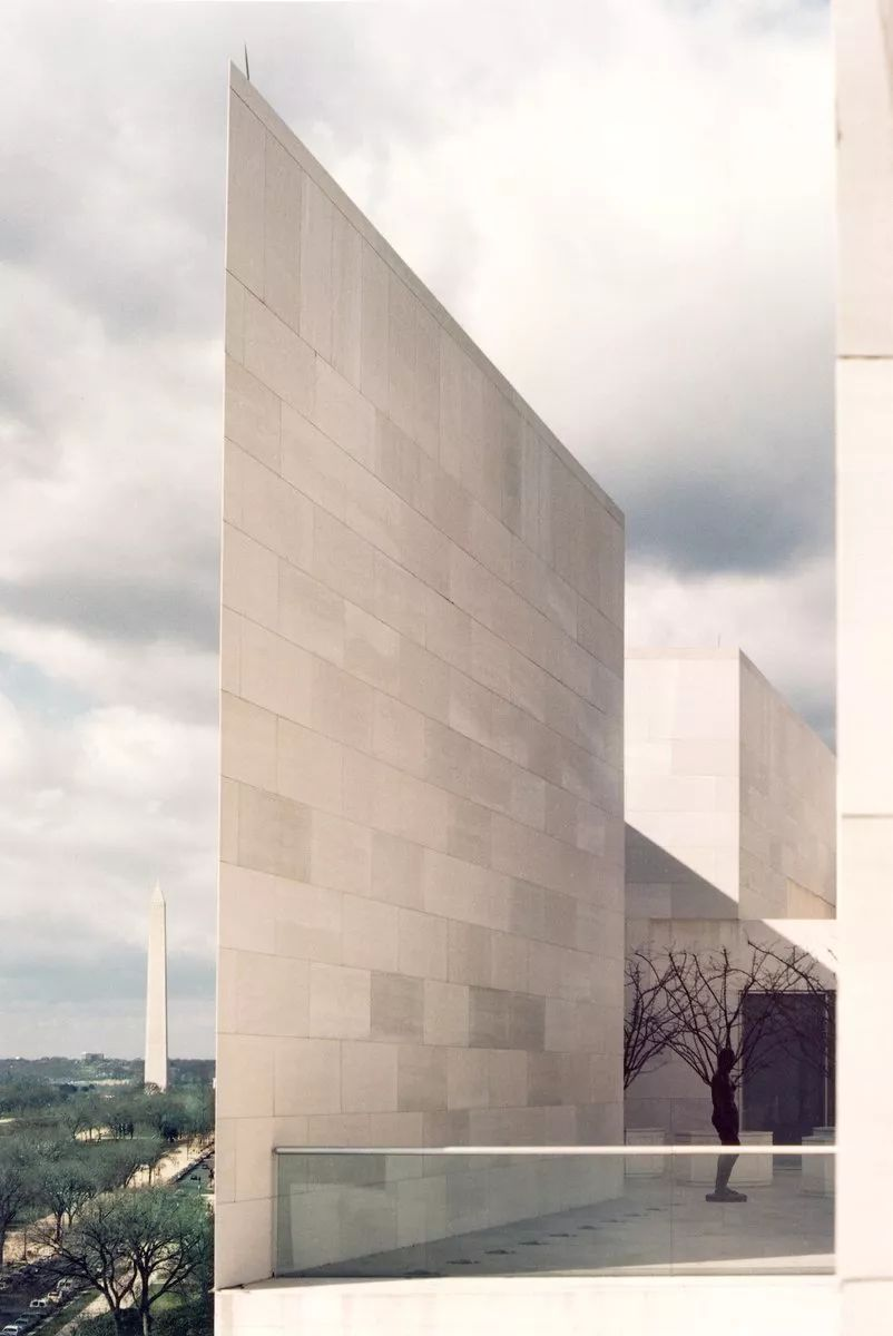 致敬贝聿铭:世界上最会用「三角形」的建筑大师_15
