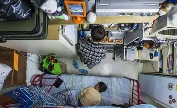 """没见过香港的""""棺材房""""你都不知道住得多幸福_10"""