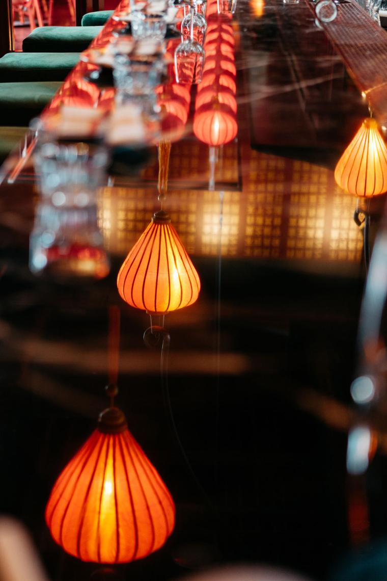 加拿大MissWong中餐厅-017-miss-wong-restaurant-by-menard-dworkind-architecture-design