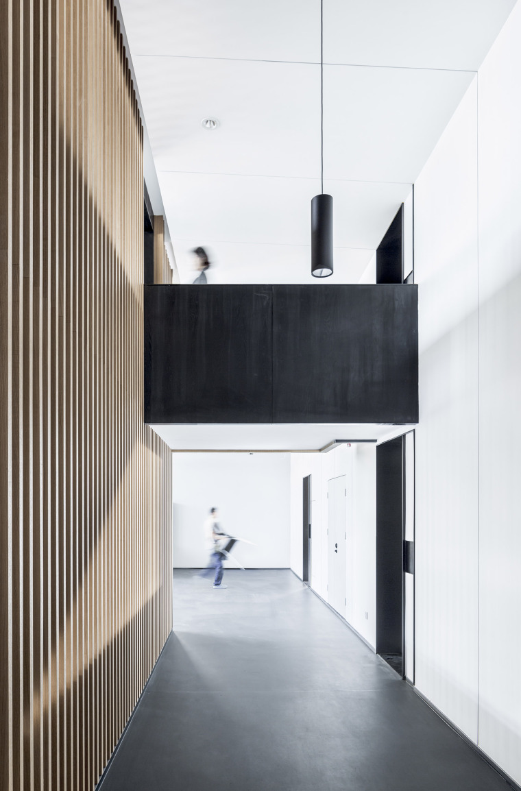 12-Office-space-renovation-of-Shanghai-YuTu-technology-co.-LTD-by-Mix-Architecture