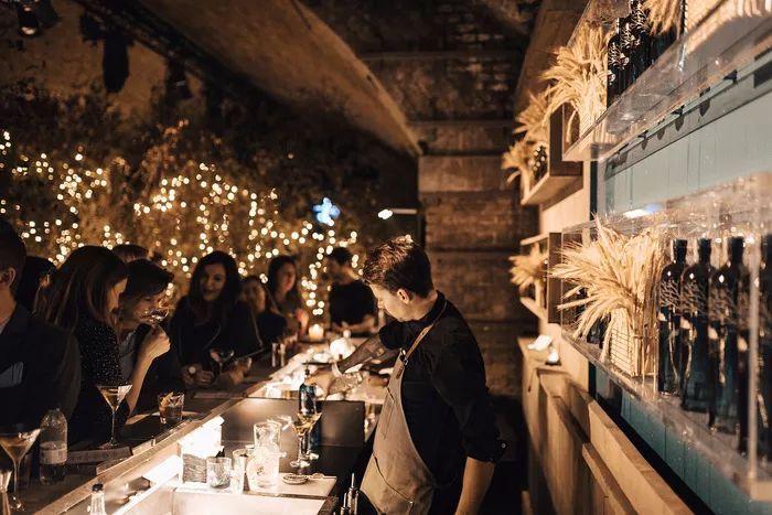 别找了,2018年最好看的餐饮空间设计都在这里了_48