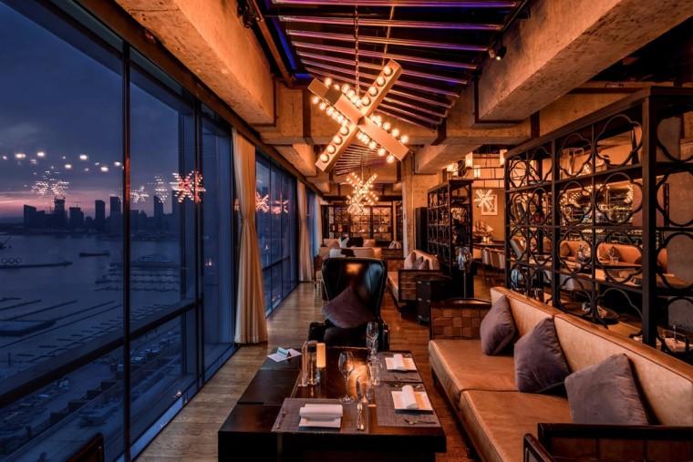 全新打造的M21酒吧和餐厅