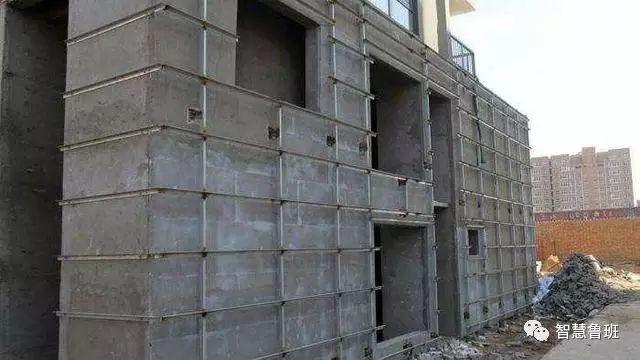 建筑外墙干挂石材不用龙骨,保温同步完成,石材厚度还能减半