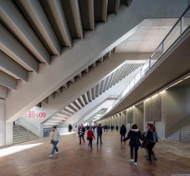 Estadio-futbol-Wanda-Metropolitano-Madrid-España-Europa_Diseño-interior-graderio_Cruz-y-Ortiz_PPE_62