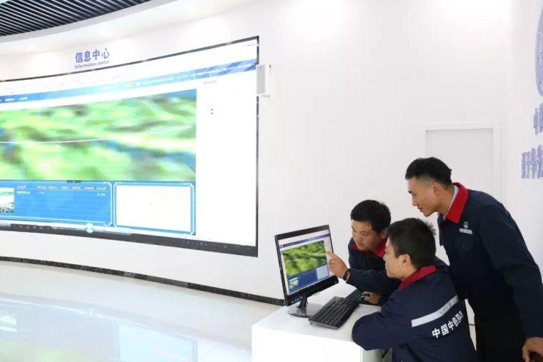 湘西最美高铁取得新进展,又一隧道工程顺利贯通!_26