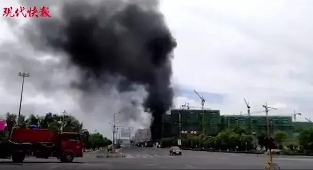 工地火灾天天发生,施工现场的防火和消防怎么管?